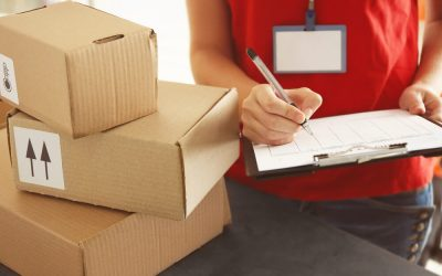 The Difference Between a Courier and a Logistics Service